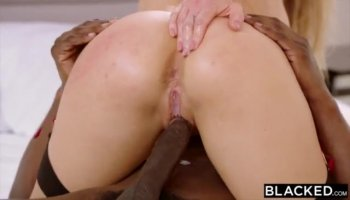 Horny hot chick Gabriella Paltrova loves to suck c